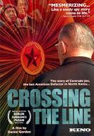 Affiche du film Crossing the Line
